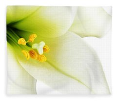 White Lilly Macro Fleece Blanket