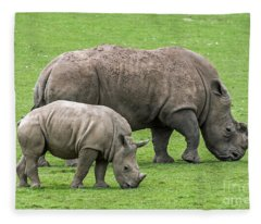 White Rhino 8 Fleece Blanket