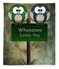 Whoooo Loves You  Fleece Blanket