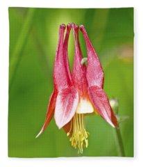 Wild Columbine Flower Fleece Blanket