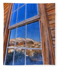 Window To Bodie Fleece Blanket