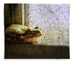 Windowsill Visitor Fleece Blanket