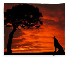Wolf Calling For Mate Sunset Silhouette Series Fleece Blanket