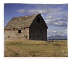 Old Big Sky Barn Fleece Blanket