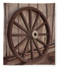 An Old Wagon Wheel Fleece Blanket