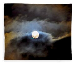 Aquarius Full Moon Fleece Blanket
