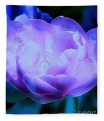 Avatar's Tulip Fleece Blanket