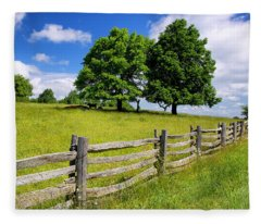Beautiful Virginia Pasture Fleece Blanket