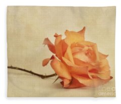Bellezza Fleece Blanket