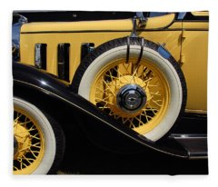Chevrolet 1932 Fleece Blanket