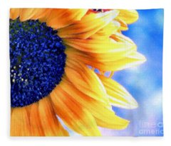 Delight Fleece Blanket