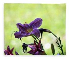 Lily Garden Fleece Blanket