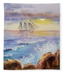 Ocean Waves And Sailing Ship Fleece Blanket