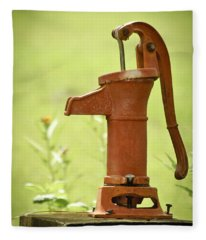 Old Fashioned Water Pump Fleece Blanket