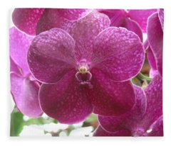 Orchid Cluster Fleece Blanket
