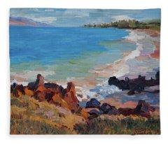Rocks At Maui Beach Fleece Blanket