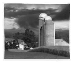 Sunset On The Farm Bw Fleece Blanket