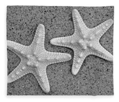 White Starfish In Blackaand White Fleece Blanket