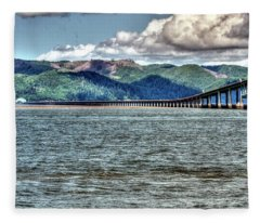 Astoria Bridge Fleece Blanket