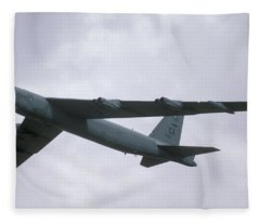 Boeing B-52g Stratofortress 59-2565 93rd Bomb Wing Castle Afb September 17 1992 Fleece Blanket