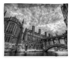 Bridge Of Sighs - Cambridge Fleece Blanket