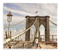 Brooklyn Bridge I Fleece Blanket