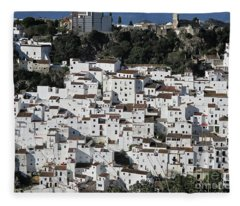 Casares Fleece Blanket