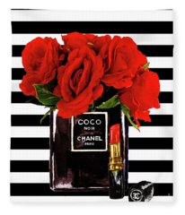 Chanel Perfume With Red Roses Fleece Blanket
