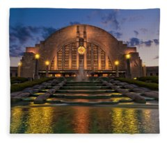 Cincinnati Museum Center At Twilight Fleece Blanket