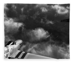 Evade Fleece Blanket