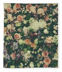 Fresh Flower Pattern Background Fleece Blanket