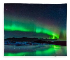Jokulsarlon Aurora Fleece Blanket