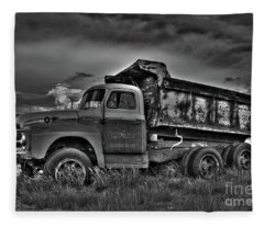 Old International - Bw  Fleece Blanket