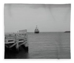 Ostend 2 Fleece Blanket