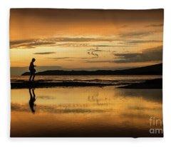 Silhouette In Sunset Fleece Blanket