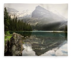 Tranquil Beauty Fleece Blanket