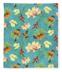 Tropical Island Floral Half Drop Pattern Fleece Blanket