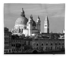 Venezia. Fleece Blanket