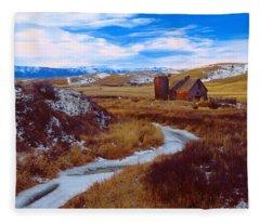 Willow Creek Barn Fleece Blanket