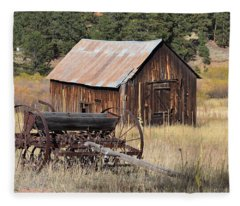 Seed Tiller - Barn Westcliffe Co Fleece Blanket