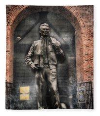 10726 Kinnick Statue Fleece Blanket
