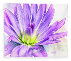 10889 Purple Lily Fleece Blanket