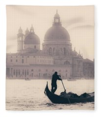 Venezia Fleece Blanket