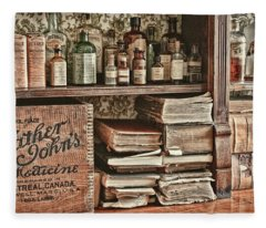 18th Century Pharmacy Fleece Blanket