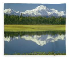 1m1325 Mt. Hunter And Mt. Denali Fleece Blanket