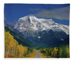 1m2441-h Mt. Robson And Yellowhead Highway H Fleece Blanket