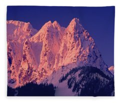 1m4503-a Three Peaks Of Mt. Index At Sunrise Fleece Blanket
