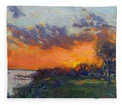 Sunset At Gratwick Waterfront Park Fleece Blanket