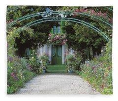 Claude Monet's Garden At Giverny Fleece Blanket