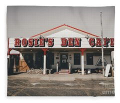 Rosies Den Cafe   Fleece Blanket